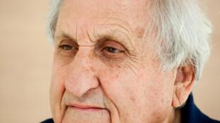Portrait de l'écrivain israélien Avraham B. Yehoshua.