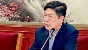圖為中國駐加拿大新大使叢培武會議照