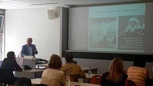 Joaquim Dolz, professor da Universidade de Genebra, em seminário sobre as repercussões internacionais da obra de Paulo Freire.