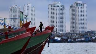 A Indonésia é um dos países de destino para muitos imigrantes clandestinos de Mianmar e de Bangaldesh.