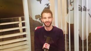 L'écrivain suisse Matthieu Mégevand en studio à RFI (décembre 2019).