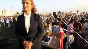 Суад Абдерахим объявила, что на своем посту будет заниматься прежде всего проблемами обустройства тунисской столицы.