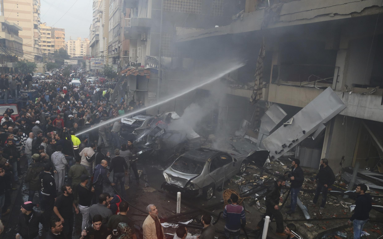 Atentado com carro-bomba no Líbano deixa ao menos quatro mortos nessa quinta-feira.