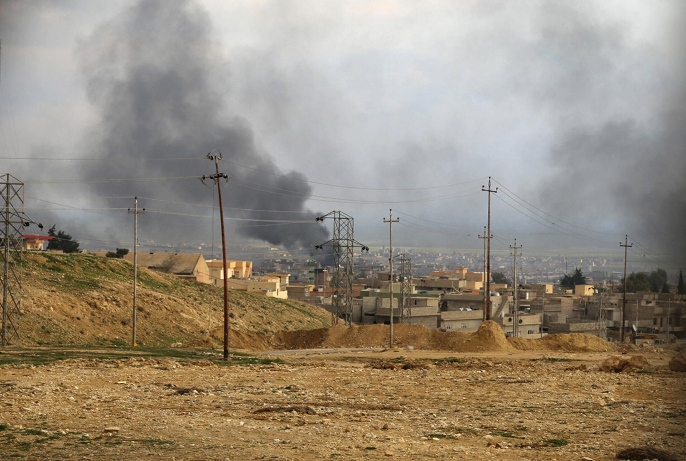 Cảnh thành phố Sinjar sau khi máy bay Liên Minh oanh kích vị trí lực lượng thánh chiến ngày 22,/12/ 2014.