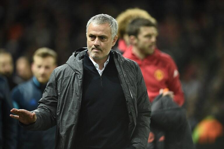 José Mourinho, treinador português do Manchester United, após o apuramento do seu clube para os quartos-de-final da Liga Europa.