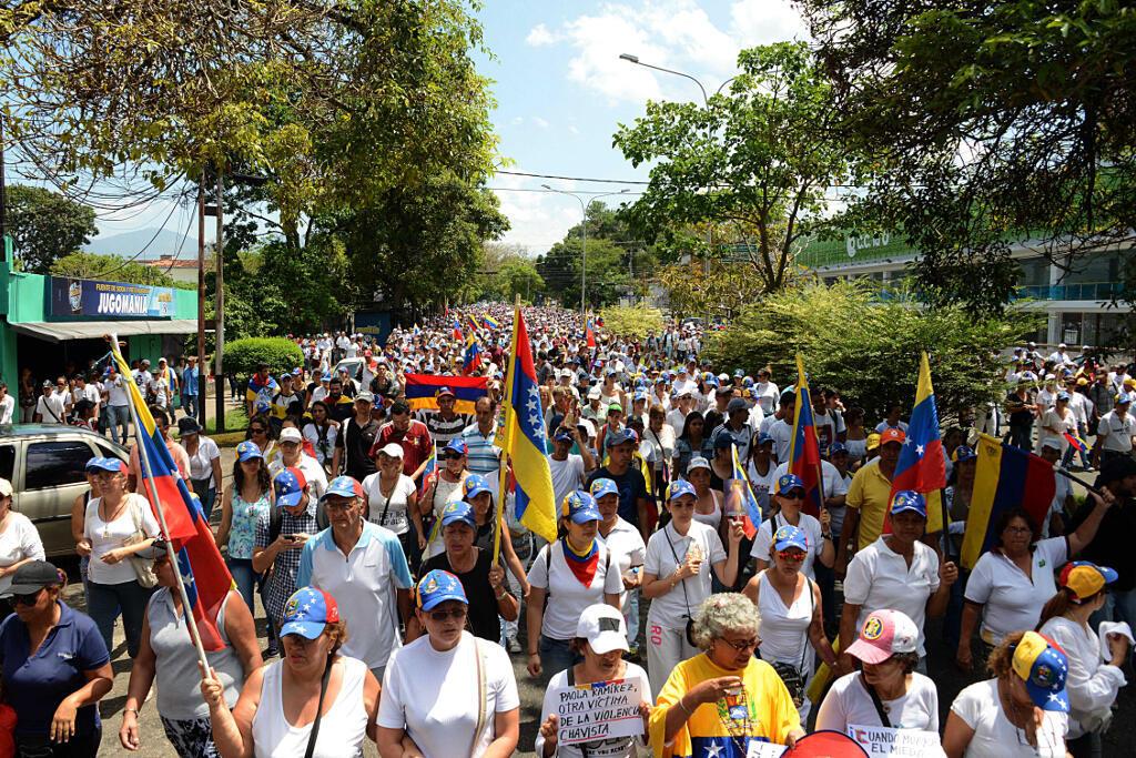 Đối lập Venezuela tuần hành lên án chính phủ Nicolas Maduro, tại bang Tachira-San Cristobal, ngày 22/04/2017.