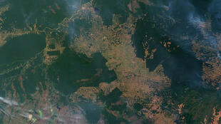 Deforestación e incendios en el estado de Rondonia, Brasil.