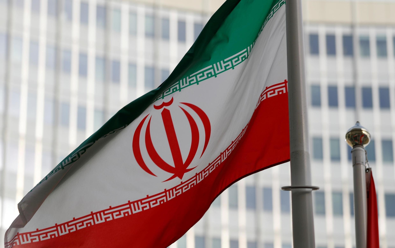Le drapeau iranien flotte devant le siège de l'Agence internationale de l'énergie atomique (AIEA) à Vienne, le 4 mars 2019.