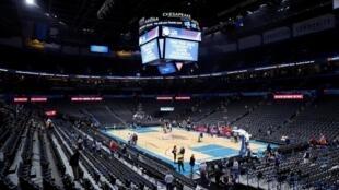 La NBA a annoncé la suspension de ses matchs pour une durée indéterminée après qu'un joueur a été testé positif au coronavirus.