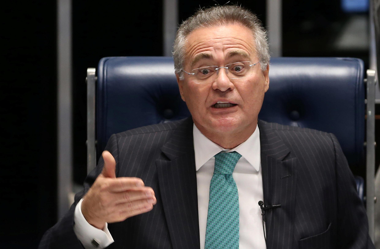 Renan Calheiros continua na presidência do Senado