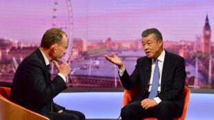 中國駐英國大使劉曉明接受英國廣播電台採訪資料圖片