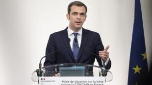 Le ministre de la Santé Olivier Véran lors de son point de presse sur la Covid-19, le 8 octobre 2020.