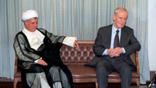 حافظ اسد رییس جمهور سابق سوریه در کنار هاشمی رفسنجانی