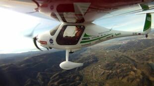 Матош Ленарчич на сверхлегком самолете словенской фирмы Pipistrel модели Virus SW914