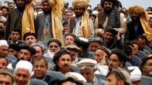 Des membres de la Loya Jirga, le 29 avril 2019 à Kaboul, en Afghanistan.