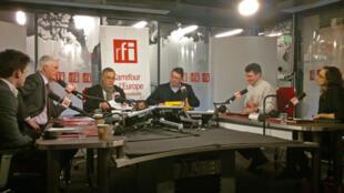 De gauche à droite: Michel Barnier, Daniel Desesquelle, Eric Chol, Pascal Durand.