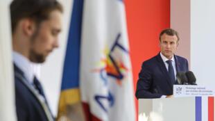 Эмманюэль Макрон также объявил о создании дня памяти жертв террористических актов