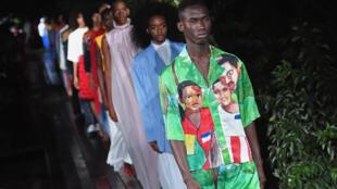 Kerby Jean-Raymond foi elogiado com o desfile de sua marca Pyer Moss, em Nova York