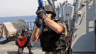 Mỹ-Trung tập trận chung chống hải tặc ở vịnh Aden, 17/09/2012