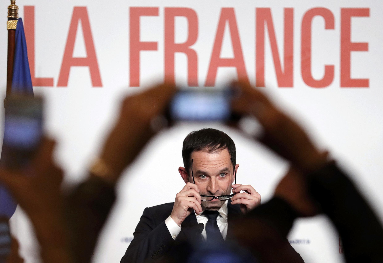 """O candidato do PS às eleições presidenciais, Benoît Hamon promete """"unir todos os socialistas"""" numa esquerda inovadora."""
