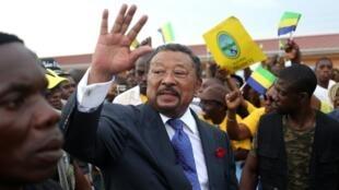 L'opposant gabonais et ancien candidat à la présidentielle, Jean Ping, à Libreville, le 15 avril 2017.