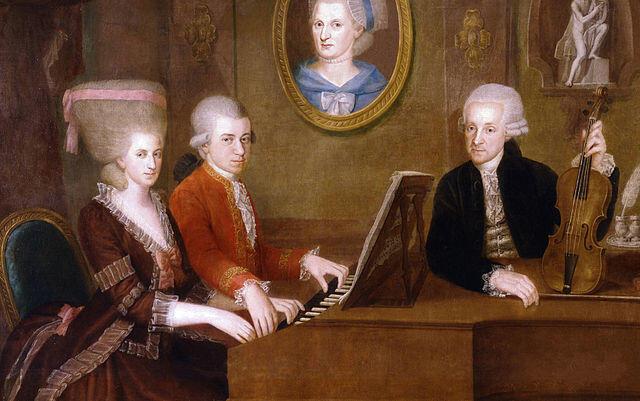 Chân dung Mozart (áo đỏ), chị gái và người cha Leopold Mozart.