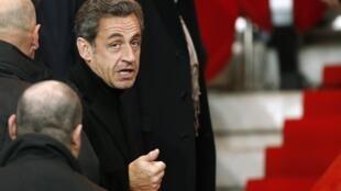 Nicolas Sarkozy compares France to a dictatorship in a Le Figaro editorial on 20 March, 2014.