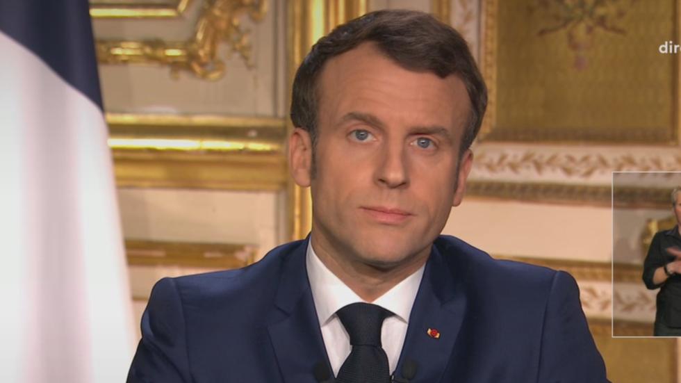 Rais wa Ufaransa Emmanuel Macron wakati wa hotuba yake Machi 16, 2020.