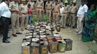 Près d'une centaine de personne sont mortes dans l'État du Pendjab, en Inde, après avoir bu de l'alcool frelaté.