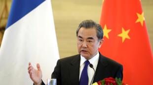"""O  ministro das Relações Exteriores da China, Wang Yi, afirmou que a China vai explorar modalidades de expansão para """"BRICs Plus"""", abertura do grupo para México, Paquistão e Sri Lanka."""