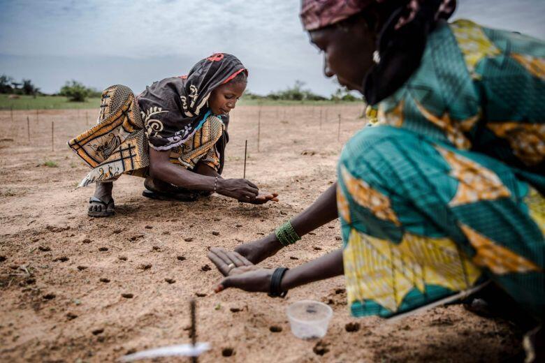 Wasu mata a kauyen Malamawa dake Zinder, Jamhuriyar Nijar.AFP