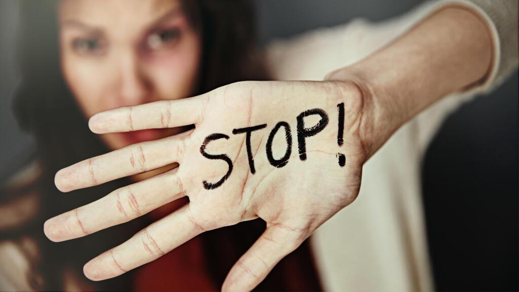 Lutter contre la violence envers les femmes