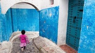 Au Maroc, selon les derniers chiffres du ministère (janvier 2020), 360 bébés ont été abandonnés sur la voie publique en 2018, et 1 741 enfants laissés à leur sort.