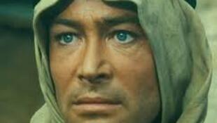 """O ator britânico Peter O'Toole, estrela de """"Lawrence da Arábia"""",  morreu aos 81 anos em Londres."""