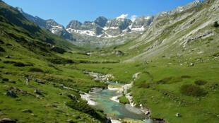 比利牛斯——珀杜山(Pyrénées - Mont Perdu)