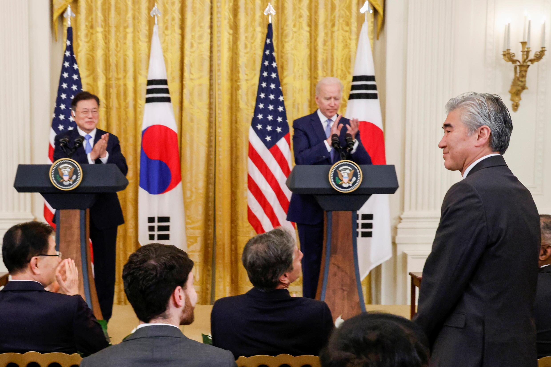 2021-05-21T233824Z_1908350306_RC2MKN98LQNM_RTRMADP_3_USA-SOUTH-KOREA
