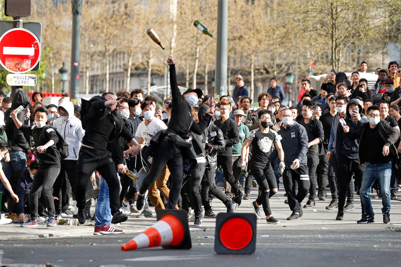Biểu tình phản đối vụ một người Hoa bị cảnh sát bắn chết, Paris, ngày 02/04/2017