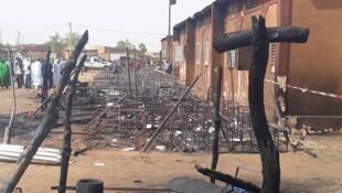 école brulée - Niamey - Niger incendie