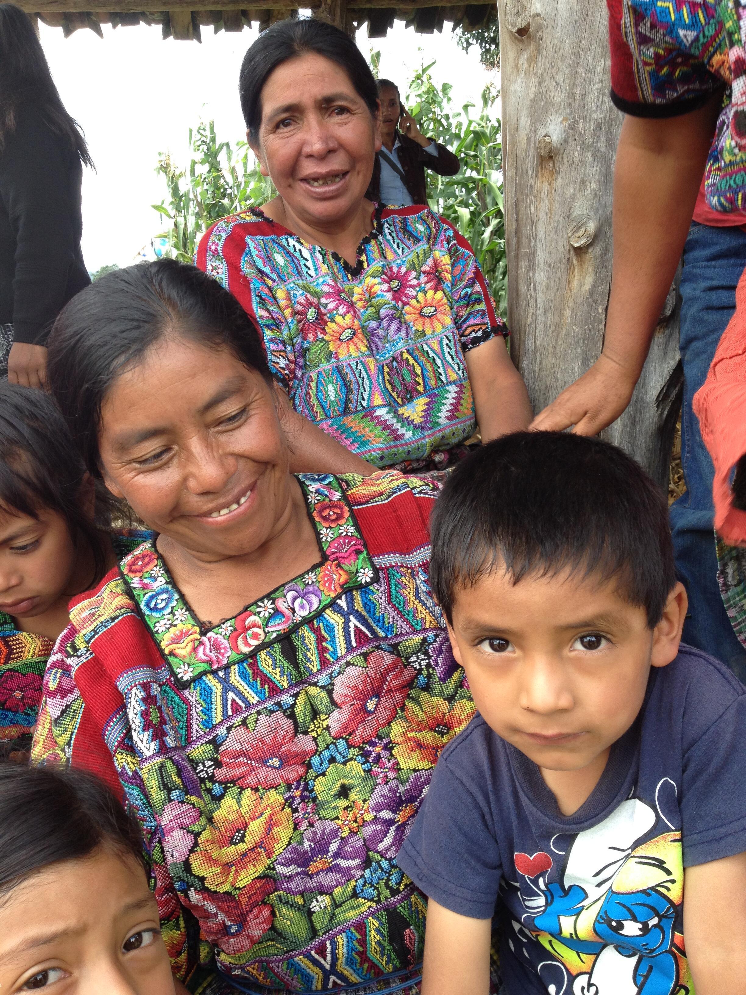 Balvina Calil Cutzal tiene ocho hijos; su hijo mayor emigró a los Estados Unidos hace 8 años.