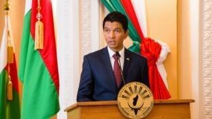 Rais wa Madagascar Andry Rajoelina wakati wa mkutano na waandishi wa habari katika ikulu ya rais huko Antananarivo, Aprili 29, 2019.
