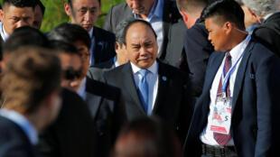 Thủ tướng Việt Nam Nguyễn Xuân Phúc (G) chụp ảnh kỷ niệm với lãnh đạo các nước dự thượng đỉnh ASEM tại Oulan Bator, Mông Cổ ngày 16/07/2016.