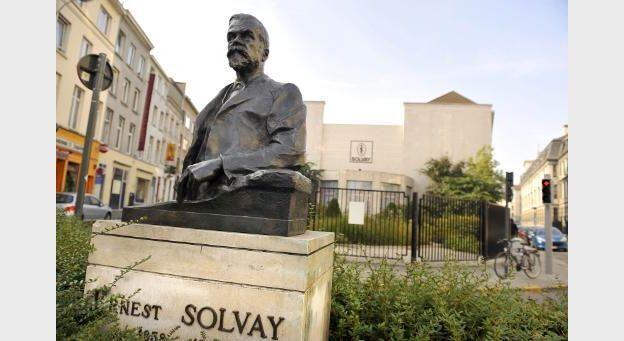 Công ty Solvay tại Bruxelles. Một trong những công ty hóa chất trong tầm điều tra của Trung Quốc