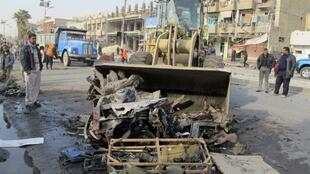 Escombros tras atentado, el 22 de diciembre de 2011.