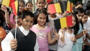 Des enfants d'origine marocaine, à Bruxelles, le 15 septembre 2006