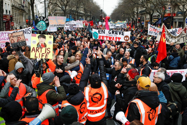 Manifestation contre la réforme des retraites à Paris, le 28 décembre 2019.