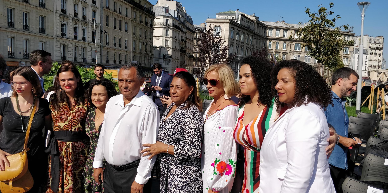 Da esquerda para a direita, Antônio Francisco da Silva, Marinete da Silva, Luyara Franco e Renata Souza.