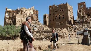 """""""  آمریکا: بازسازی یمن باید در شرایط صلح و آرامش صورت گیرد و باید در یمن راه را بر نفوذ ایران ببندیم"""