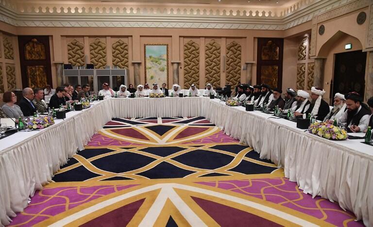 تصویری از گفتوگوهای پیشین آمریکا با طالبان و آمریکا در قطر