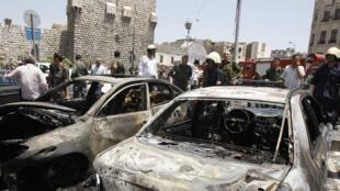 Uma explosão destruiu vários carros perto da Suprema Corte da Síria, em Damasco.