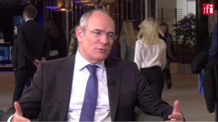 Jaume Duch, portavoz del Europarlamento, conoce esta institución como la palma de su mano.